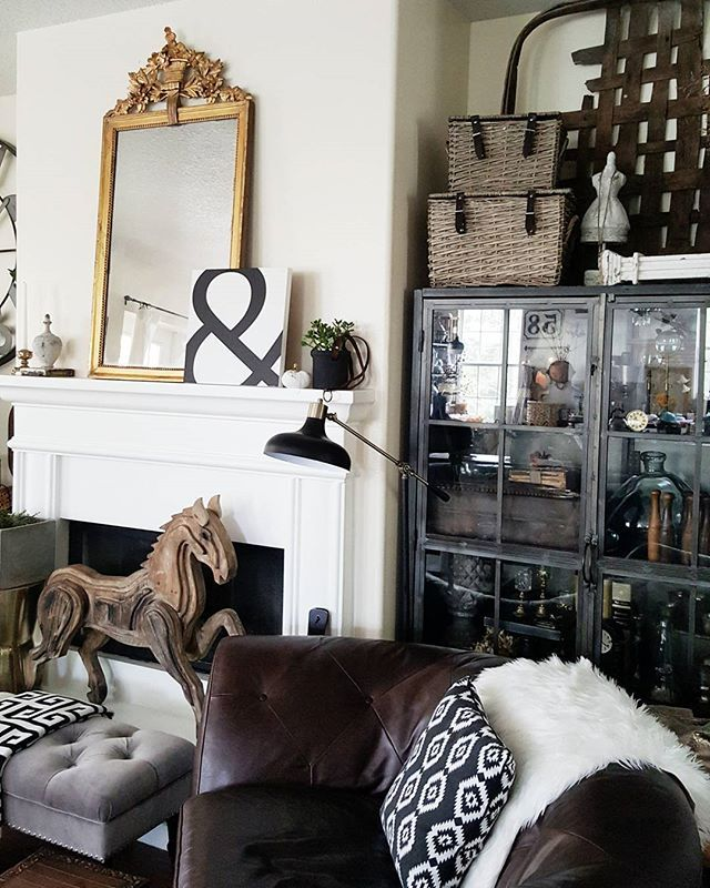 Vintage And Modern Decor Create A Cozy Eclectic Feel Antique Gold MirrorHorse From Homegoods For More Interior Inspiration Follow Me On Instagram