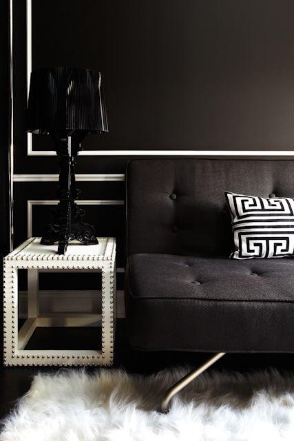 38b5a0804c392ee38ce7fa85452f67a8  molding ideas black sofa 5 Incroyable Lampe à Poser Kartell Kqk9