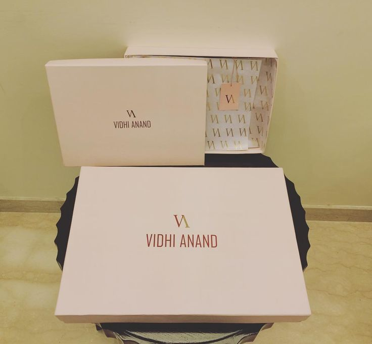 We are so happy to share with you all our all new VA packaging boxes  Exclusively for our beautiful customers  happy shopping  #shopvidhianand#shoponline#wearegettingthere#madewithlove#craftedwithcare#craftingbeauty#craftingluxury#exclusivelyforyou#maintaininghighquality#exquisitepackaging#worldwideshipping#madeinindia ❤️