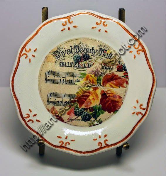 Prato de pão decorado com transferência de imagem e pintura metálica