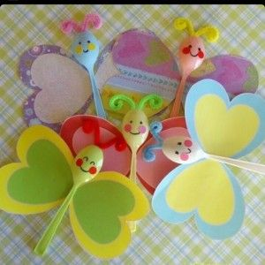 plastic spoon butterfly craft - Valentines or Spring