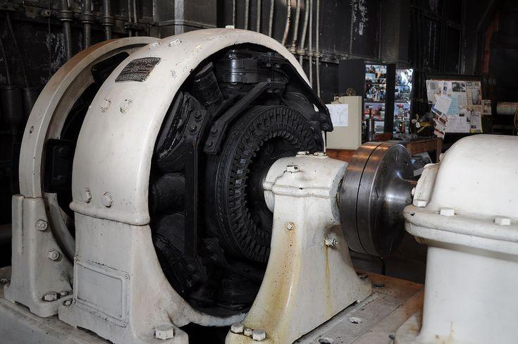 Générateur électrique — Wikipédia