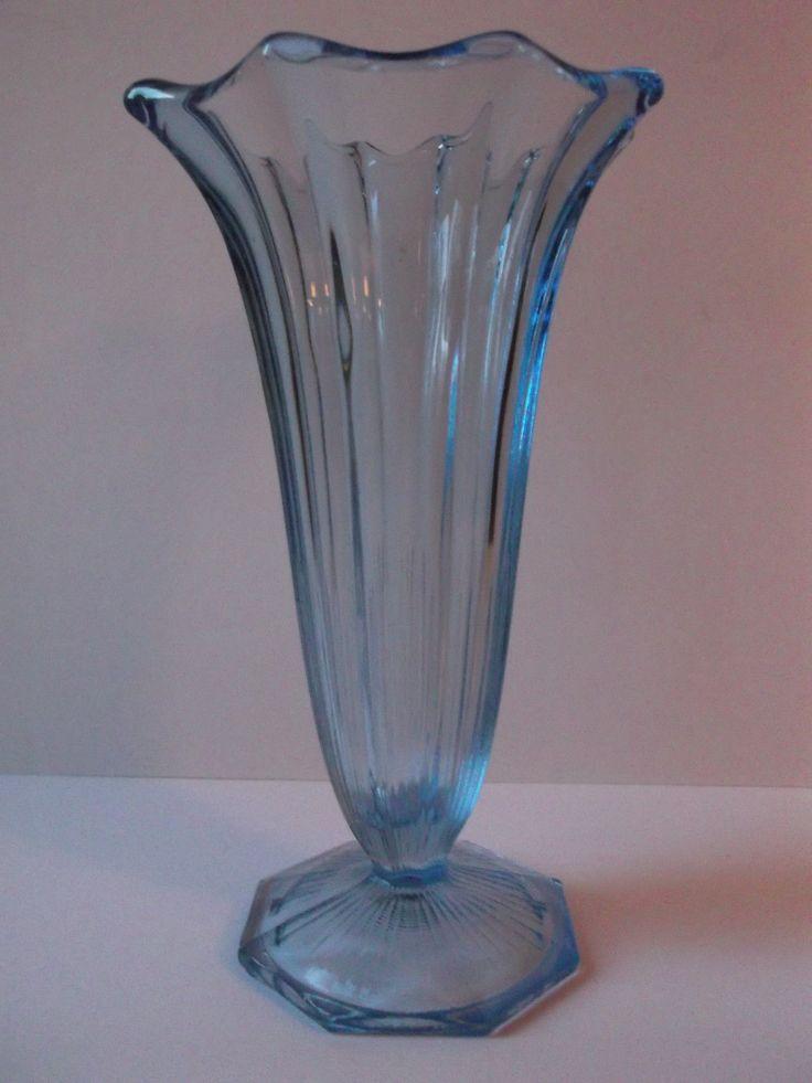 Prächtige Press Glas Art Deko Vase, Tulpenvase, 20/30er Jahre | eBay 25+4,60 Prächtige Press Glas Art Deko Vase, Tulpenvase, 20/30er Jahre, Höhe 24cm, sehr guter Zustand, siehe Foto