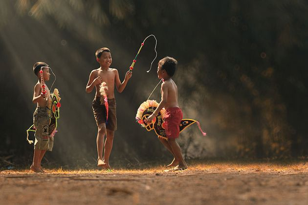 Day by Day life Of Village People in Indonesia by Herman Damar -Greatinspire (8)