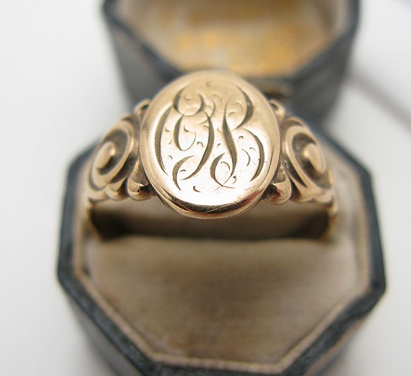 Antique Signet Ring $220.00