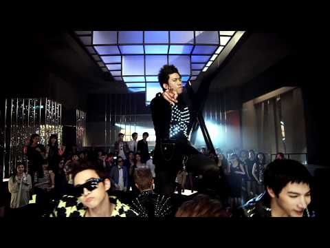 """I've been talking to a colleague everyday who has this ring tone and now I can't get it out of my head now... """"HANDS UP"""" by 2PM... K-Pop Rules"""