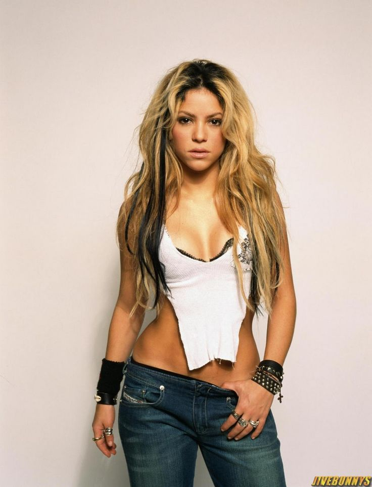 Shakira Sexy Singer Photos And Picture Gallery 2  Mi -4473