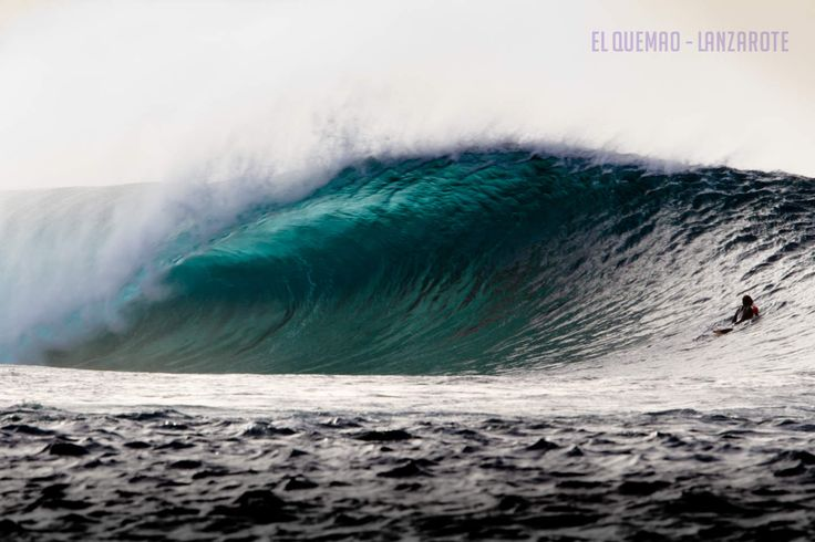 El Quemao in Lanzarote produces some of the best waves in the world, check out the legendary surf spot here: