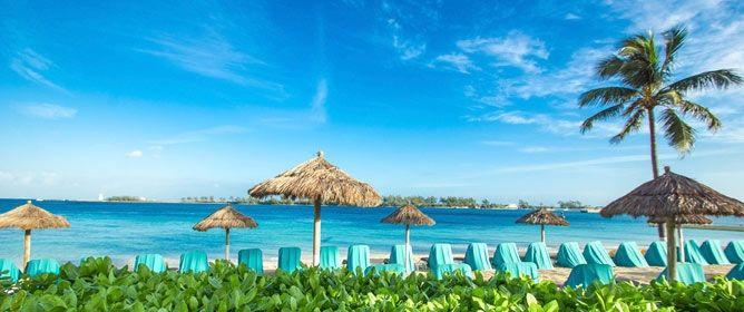 De bahama's is een onafhankelijk land in de Atlantische Ocean. Het bestaat uit ongeveer zevenhonderd eilanden en enkele duizenden zandplaten. De meeste toeristen die naar de Bahama's op vakantie gaan, komen hier voornamelijk om een onbezorgde zon, zee en strandvakantie te houden. #bahamas #travel #wanderlust #traveling #reizen #rondreizen #strandvakanties #vakantie #exitreizen #beach #vakantie #reis #island