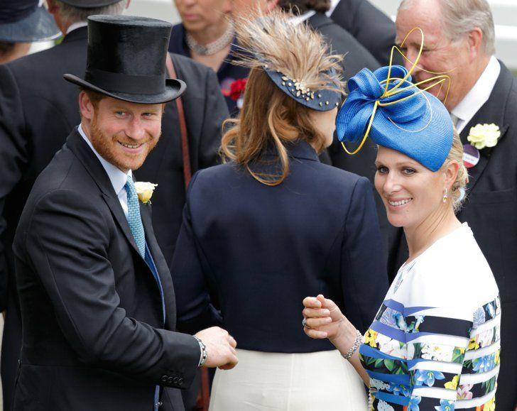 Pin for Later: Die britischen Royals zeigen sich von ihrer besten Seite in Ascot  Prinz Harry und Zara Phillips                                                                                                                                                                                 Mehr