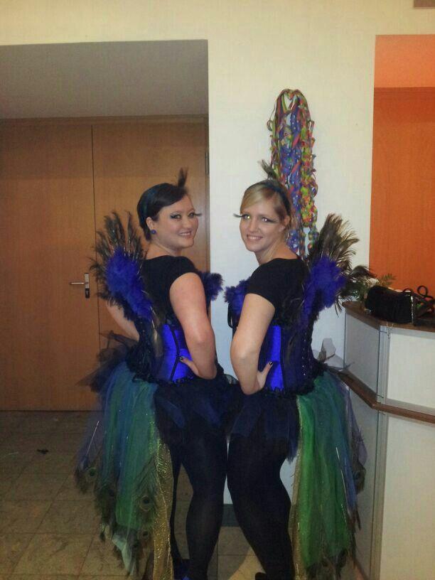 DIY Pfau Kostüm peacock nur Bild