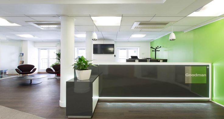 Zona de recepção nos escritórios da Goodman em Paris, França