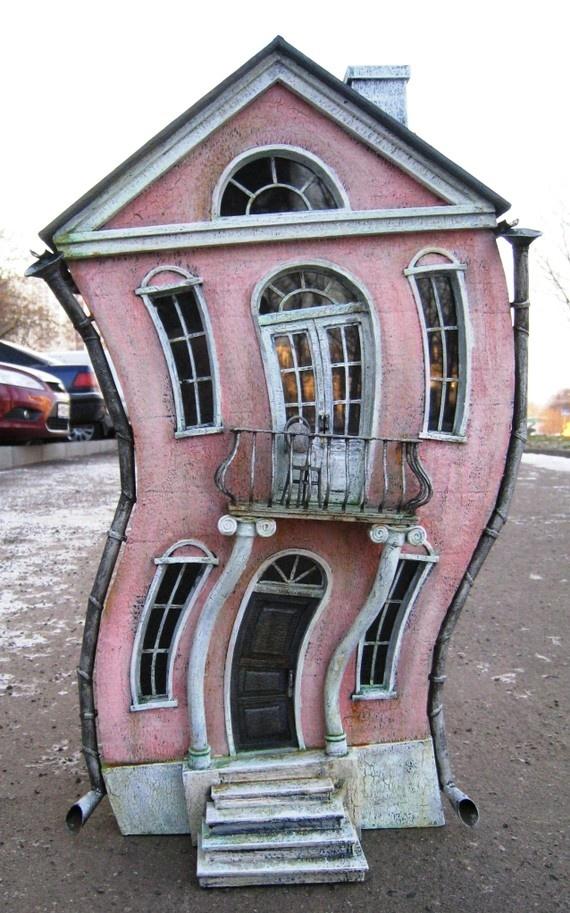 26 best unique dolls house images on pinterest doll for Unique doll houses