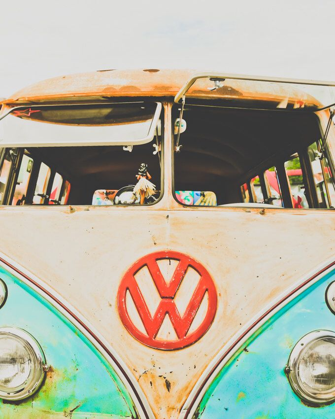 "VW Bus, Fine Art Print, Old Car Photography, Vintage Art, Aqua, Blue, Surf Decor, Retro Print, Wall Decor, Garage Art, Poster, Van -""1978''"" by PausePicture on Etsy https://www.etsy.com/listing/240781960/vw-bus-fine-art-print-old-car"