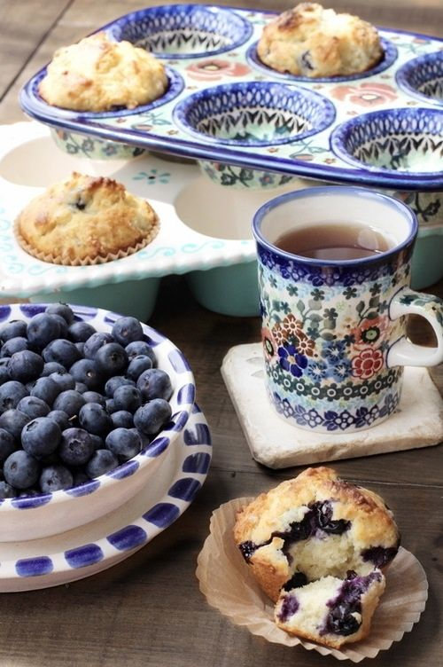 Tea and Muffins-polish stoneware is wonderful because it is beautiful and very effective.