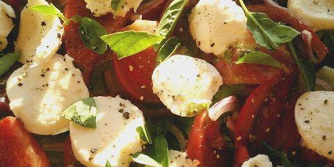 Torn Basil, Heirloom Tomatoes & Mozzarella Fresca Salad