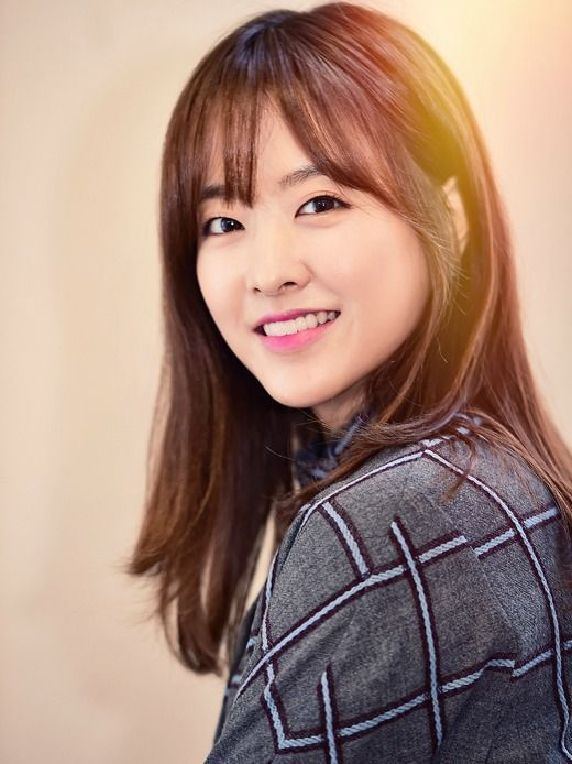 Park Bo-young courted for new drama from Ms. Temper PD » Dramabeans Korean drama recaps Strong Woman Bong-soon is tentatively being planned for a January broadcast, in the Friday-Saturday timeslot.