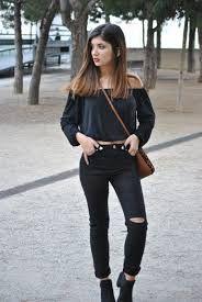 Pantalones altos. Pantalones de tiro alto para mujeres. Cómo llevar pantalones de tiro alto. Outfits con pantalones de tiro alto. Ideas de looks con pantalones altos.