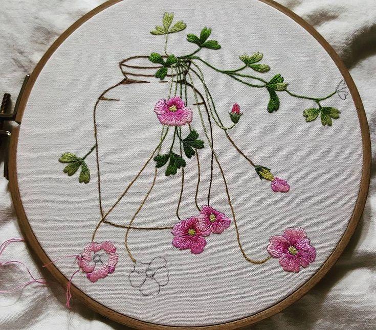 사랑초를 그리다~ #사랑초#꽃자수#야생화#lovely#embroidery #wildflowers #hahembroidery#Oxalis #취미#일상스타그램