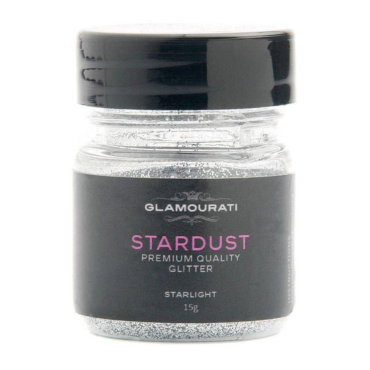 Stardust Glitter Starlight zilver. Het licht van de zilveren maan en de sterren op een heldere, ijzige nacht. Voorzie je paard of pony met een Starlight zilveren glitter tattoo.
