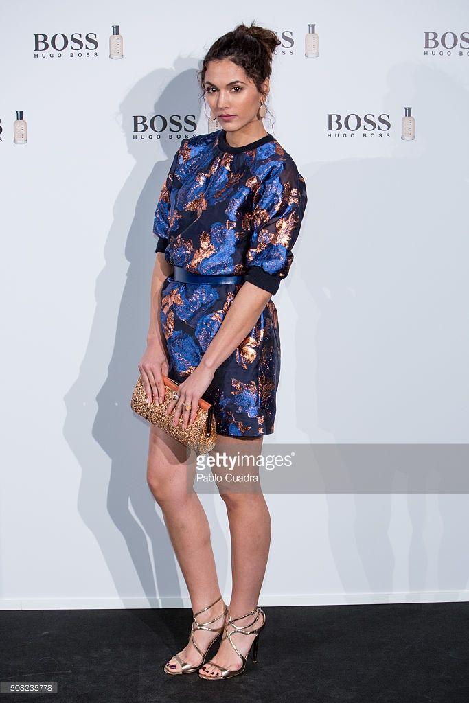 Michelle Calvó con bolso de Barada Luxury y joyas de Daniel Espinosa Jewelry