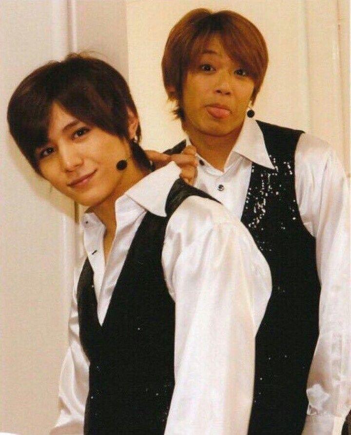 Rare sight of Yuya making idiot face 😂 // Hey! Say! JUMP - Takaki Yuya , Yamada Ryosuke