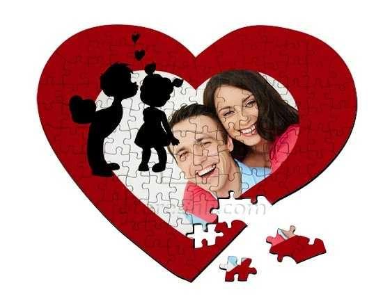 Foto puzzle a cuore con grafica dolce