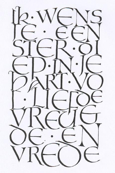 Afbeelding van een wenskaart, geschreven in het lettertype Unciaal  (brede pen en inkt)