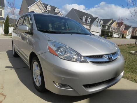 Used Toyota Sienna XLE Limited year 2006 for sale in North Carolina for only $17000