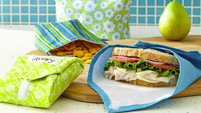 DIY Sandwich Wraps and Snack Bags Save Money and the Environment: what a great idea! Thanks Lifehacker