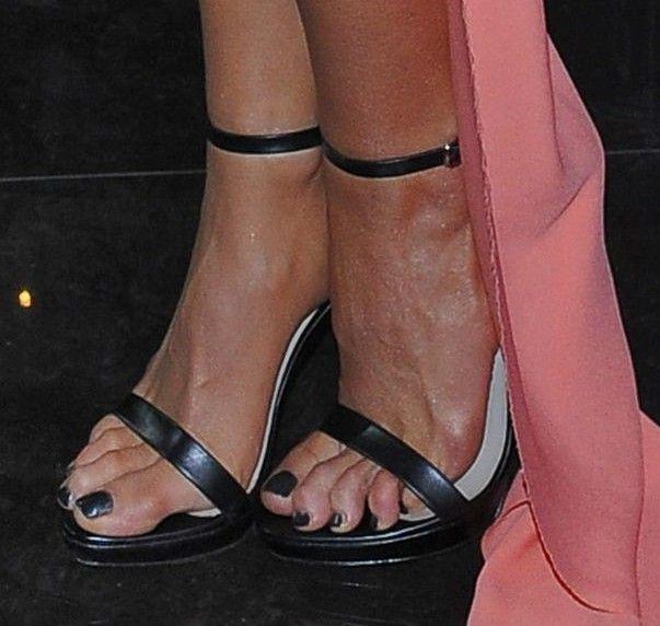 Marina Luczenko's Feet << wikiFeet