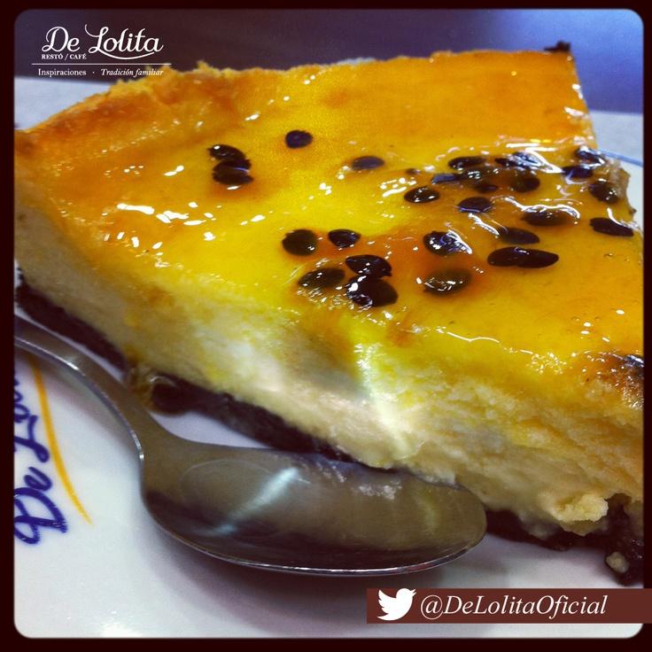 Nuestras delicias dulces son una excelente idea para brindarte la energía para empezar esta nueva semana.  #CheeseCake #DeLolita #Maracuyá #MomentosDeLolita