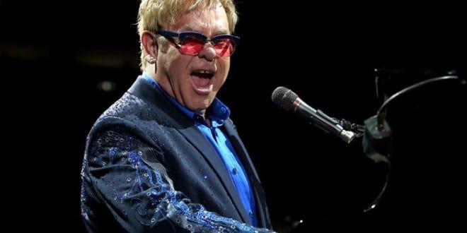 Il Diavolo veste Prada diventa un musical. Elton John comporrà le musiche
