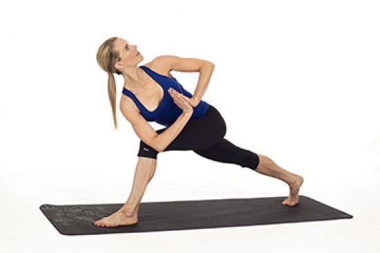 faire une fente en torsion pour soulager mal de dos