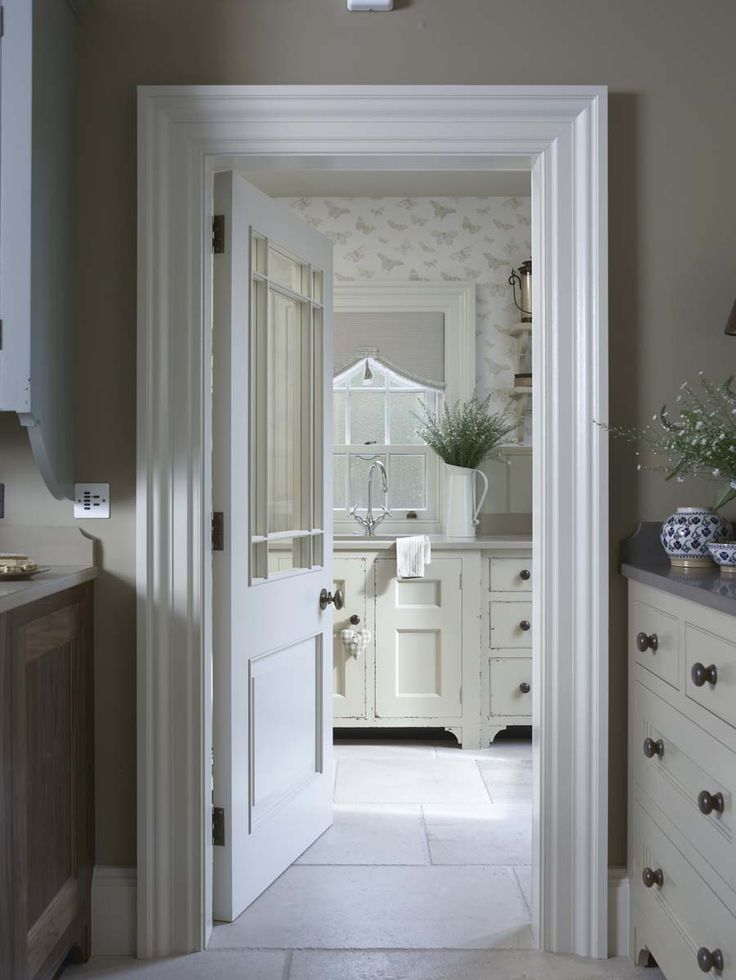 Astounding 206 Best Images About Cosy English Cottage Style Hallway On Largest Home Design Picture Inspirations Pitcheantrous