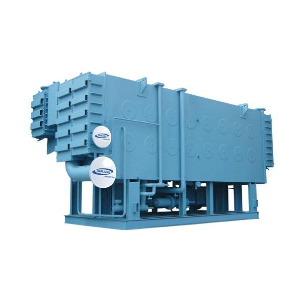چیلرهای جذبی تک مرحله ای با محرک آب داغ سری E1 ، ساخت شرکت سامجونگ کره جنوبی میباشد. در این چیلرهای جذبی آب داغ با دمای 95 درجه سانتیگراد وارد ژنراتور شده و به دمای 80 درجه سانتیگراد کاهش می یابد و این اختلاف دما انرژی لازم برای ایجاد سرمای مورد نیاز را در مدل های مختلف این دستگاه ها تامین میکند. برای ایجاد آب داغ 95 درجه سانتیگراد به بویلر مناسب جداگانه نیاز خواهد بود.