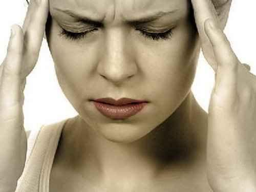 """""""SOFFRITE SPESSO DI MAL DI TESTA?"""" ECCO QUANDO CI SI DEVE PREOCCUPARE Per alcuni di noi non basta un buon riposo e un analgesico a dare sollievo e il disturbo diventa mol mal di testa"""