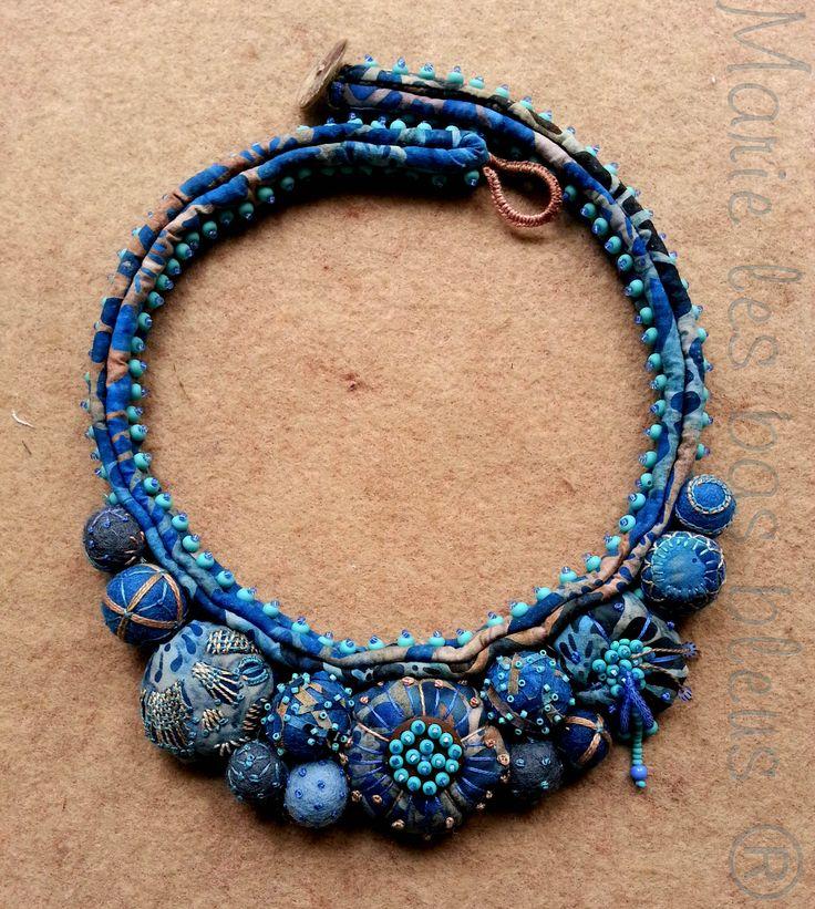Marie les bas bleus - collier batik