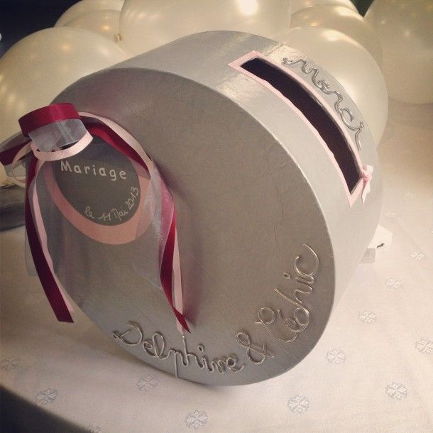 les 12 meilleures images du tableau urne mariage sur pinterest urne de mariage deco mariage. Black Bedroom Furniture Sets. Home Design Ideas