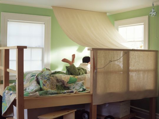 Platform Bed with canopy: Room Ideas, Bunk Bed, Boys Room, Boy Room, Bedroom, Kids Rooms
