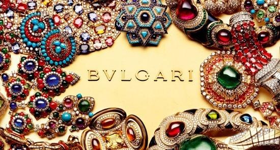 Dowiedzcie się jak wyglądały początki jednej z najsłynniejszych firm jubilerskich na świecie! Więcej na http://yesismybless.com/ikony-bizuterii-bulgari/