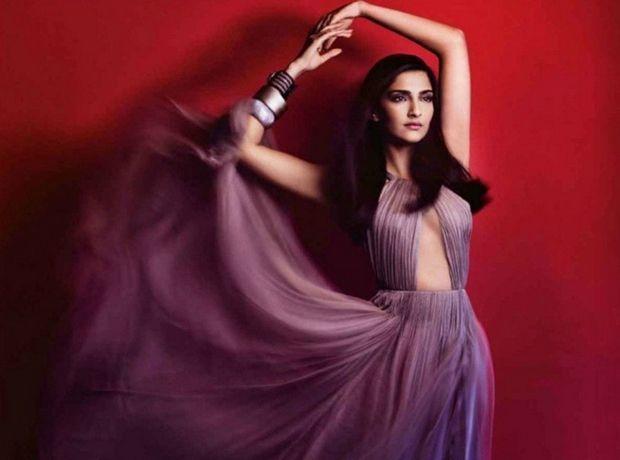Sonam Kapoor on Vogue Magazine, April 2015 - Mastitrain