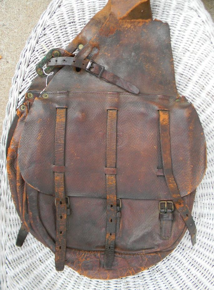 Antique, circa early 1900's official government issued United States Military Leather Horse Saddle Bags. I believe this is for the McClellan Saddle. All original and lots of wear from being used and b