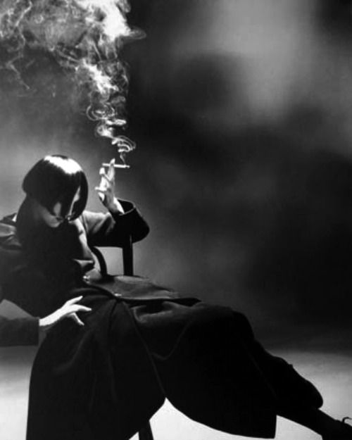 Nick Knight- Yohji Yamamoto, Susie Smoking 1988