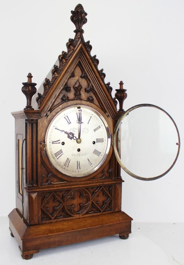 Quality C1850 English Triple Fusee 8 Bell Musical Gothic