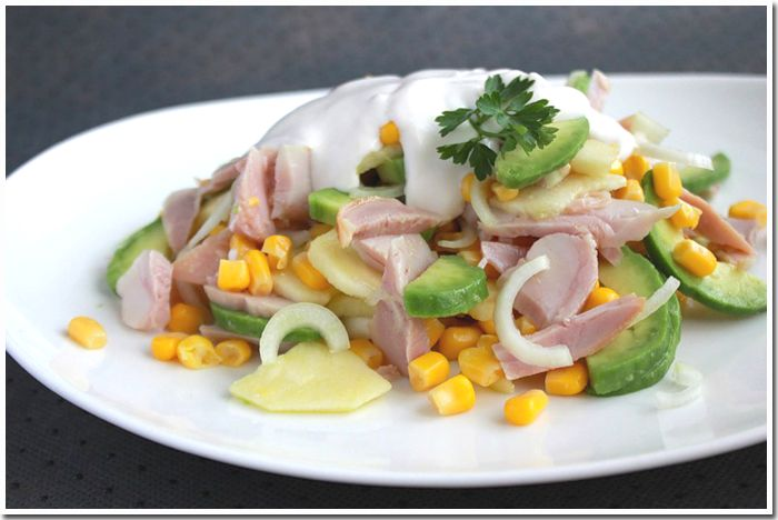 Салат с авакадо и грейпфрутом