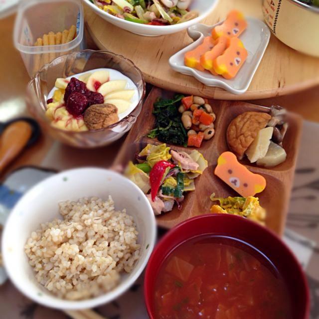 ヤリイカと鶏もも肉白菜炒め。アサリトマトチャウダー。煮物。出来たて全卵カスタードパフェなど。 - 27件のもぐもぐ - ヤリイカと鶏もも肉白菜炒め by okiyo