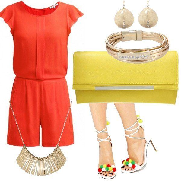 Un look energico a partire dai due colori principali: la jumpsuit arancio abbinata alla pochette gialla. Completano il look: la collana dorata, bracciale, orecchini e i bellissimi sandali allacciati alla caviglia con pon pon supercolorati, un must di questa estate 2016!!