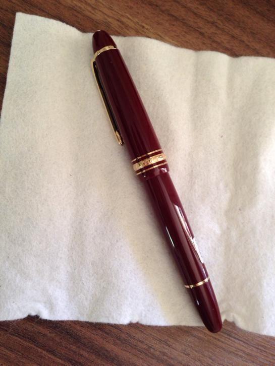Montblanc Meisterstuck fountain pen #Montblanc