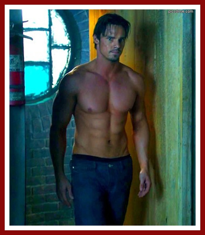 jay ryan....he should be in the running for Christian Grey #hot